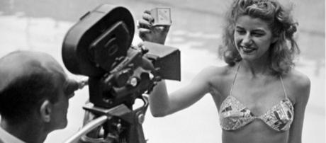 vintage everyday: Micheline Bernardini Wearing the First Bikini in ... - vintag.es