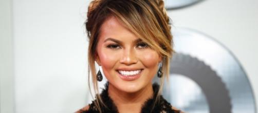 Chrissy Teigen Pregnancy News: Model Proudly Shows Off Her ... - idesigntimes.com