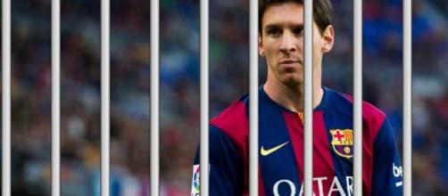 Lionel Messi é condenado à prisão na Espanha