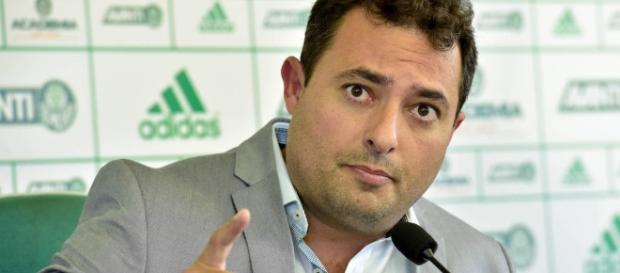 Alexandre Mattos, executivo de futebol do Palmeiras, em coletiva na Academia de Futebol