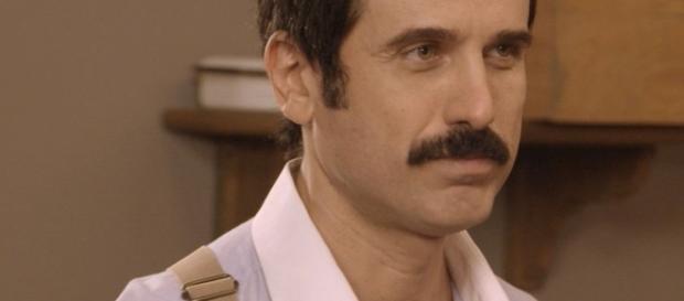Ernesto não se abala com Araújo