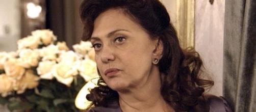 Anastácia colocar Sandra atrás das grades