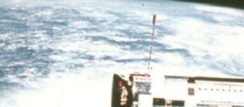 La manipolazione delle foto dallo spazio per nascondere gli Ufo sarebbe opera della Nasa