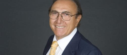 """Pippo Baudo torna alla conduzione di """"Domenica In"""" per sfidare Barbara D'Urso"""