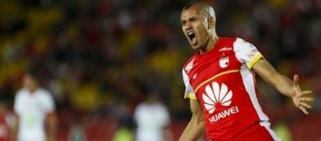 Sérgio Otálvaro, do Santa Fe, pode ser o novo reforço do Corinthians.