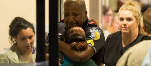 11 officers shot by snipers in Dallas, 4 dead; Video shows protest ... - theadvocate.com