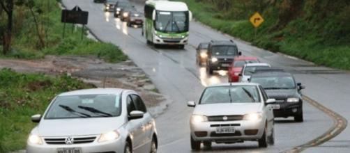 Denatran afirma que muitos acidentes acontecem porque o motorista não viu o outro carro.