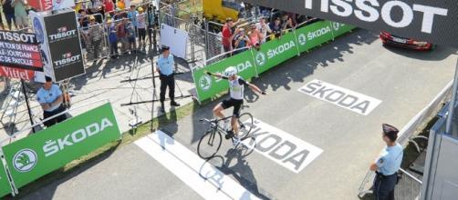 El británico Stephen Cummings se impuso en la séptima etapa del Tour, mientras que el belga Greg Van Avermaet amplió la ventaja en la general