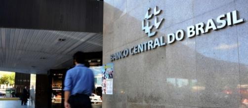 Nova diretoria do BC mantém a taxa de juros e frustra governo e empresários
