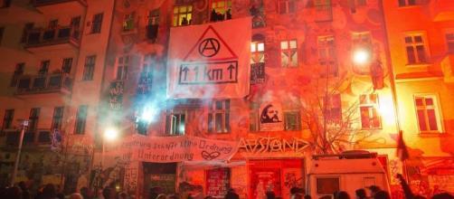 preoccupante escalation di violenza nella capitale tedesca