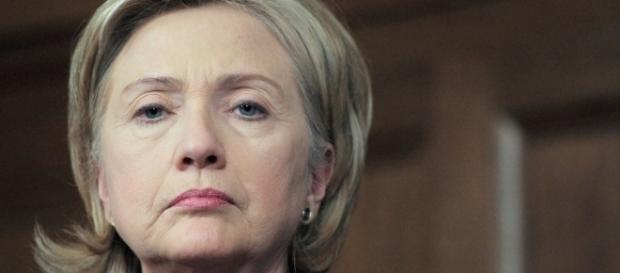 Hillary Clinton extracts herself from 'careless' email handling - veteranstoday.com