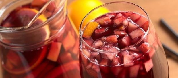 red wine sangria summer party drink