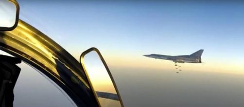 Aviones bombarderos rusos atacan al ISIS por primera vez desde una base en Irán
