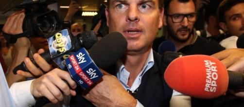 Inter, de Boer sbarca a Linate Vertice con gli avvocati del club ... - corriere.it