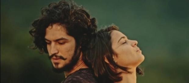 Chega a hora do beijo entre Miguel e Olívia (Gshow)