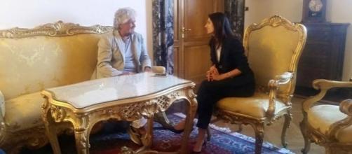 Beppe Grillo con la sindaca di Roma, Virginia Raggi