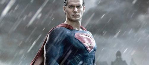 Warner Bros. Moves MAN OF STEEL Sequel into Active Development ... - geektyrant.com