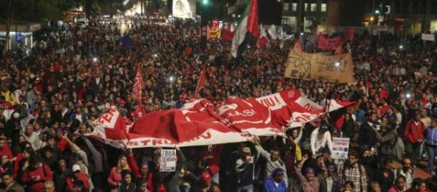 Imagem ilustrativa da Av. Paulista em protesto contra Temer