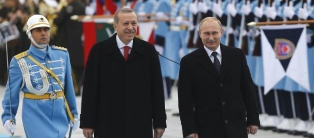 Vladimir Putin ha ricevuto Recep Erdogan a San Pietroburgo