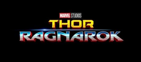 Tom Hiddleston gives us a little look at Loki in Thor: Ragnarok ... - heyuguys.com