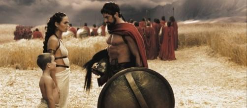 Cena do filme '300' que conta a luta do rei espartano Leônidas contra os persas