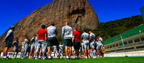 Na Urca, Flu deu continuidade à sua preparação para domingo (Foto: Divulgação / FFC)