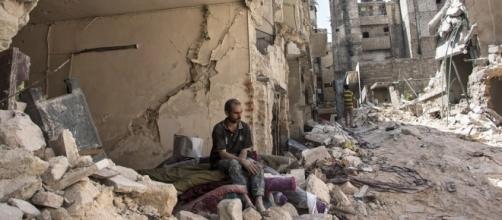 Al-Chehai: «Aleppo saccheggiata da Isis e Turchia» - lettera43.it