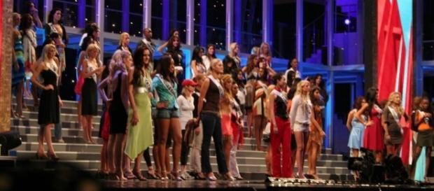 Miss Universe rehearsal / Photo via Wikipedia