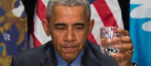 Obama informa gli elettori che dovranno combattere (anche) contro il virus Zika.