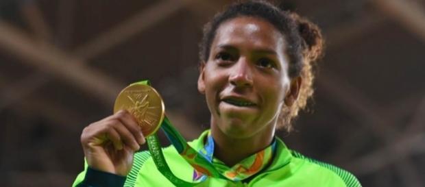 Rafaela Silva é ouro do Brasil