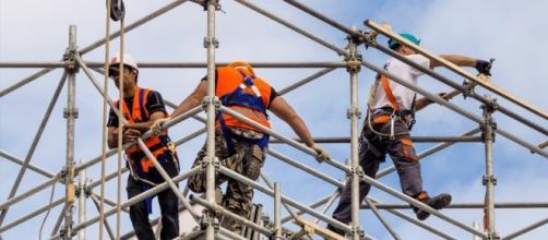 Lavori usuranti e lavoratori precoci, ecco i correttivi per la Legge di Stabilità
