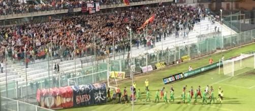 Taranto - Melfi: Ingresso in campo delle squadre
