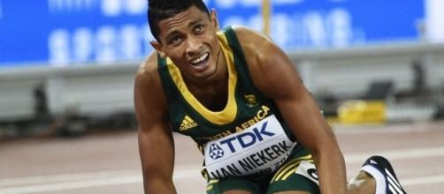 South African Wayde van Niekerk runs himself into the ground to ... - scmp.com
