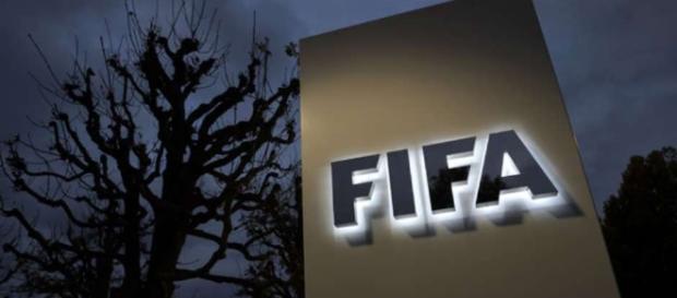 Fifa já puniu torcidas de outros países que tiveram o mesmo comportamento dos brasileiros
