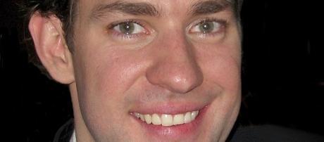 Jim Krasinski gets rock hard, takes on PTSD challenge Source: Wikimedia