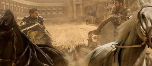 Ben-Hur e Messala, durante a corrida de bigas / Divulgação