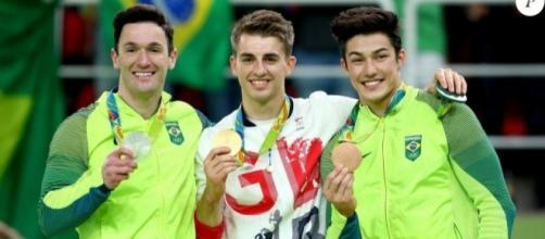 Brasileiros Diego Hypólito e Arthur Nory ganham prata e bronze, respectivamente