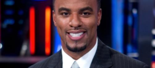 Warrant issued for Darren Sharper in two rapes - wbrz.com