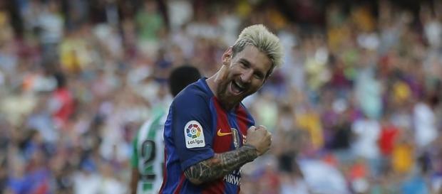 Leo Messi celebrando unos de los goles marcados al Betis en el estreno liguero