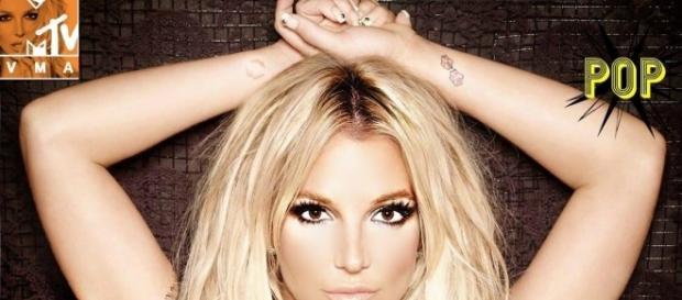 #BritneySpears ritorna sul palco dei VMA's, per promuovere il suo nuovo album: #Glory. #BlastingNews