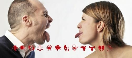 Discusión Entre los Signos Aries, Géminis, Escorpio y Acuario.