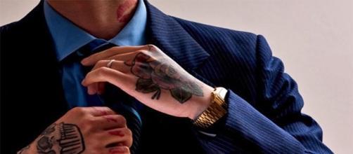 Tatuagens não são impedimentos em concursos públicos.