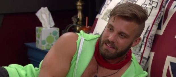 Big Brother 18' Spoilers: Victor Tries To Kiss Nicole, Paulie ... - 24-hours-news.com
