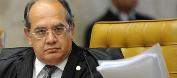 Ministro diz que Lei da Ficha Limpa foi 'feita por bêbados'