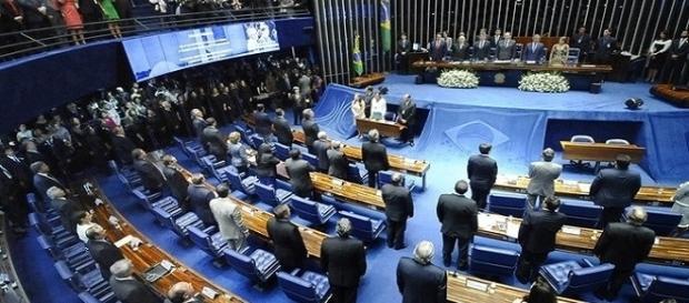 Senadores decide o futuro da presidente afastada Dilma Rousseff