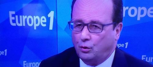 Les bons chiffres du chômage profitent à Hollande