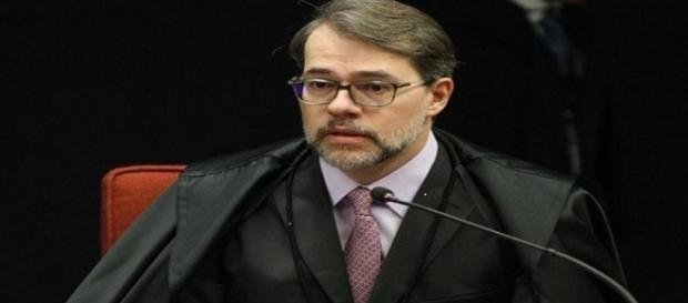Dias Toffoli estreitou a amizade com Léo Pinheiro, empreiteiro da OAS.