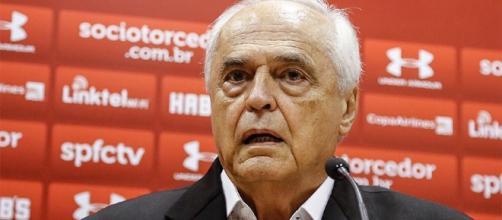 Leco quer anunciar novo técnico até domingo