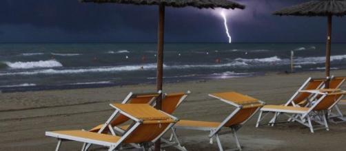 Previsioni meteo: Ferragosto con la pioggia