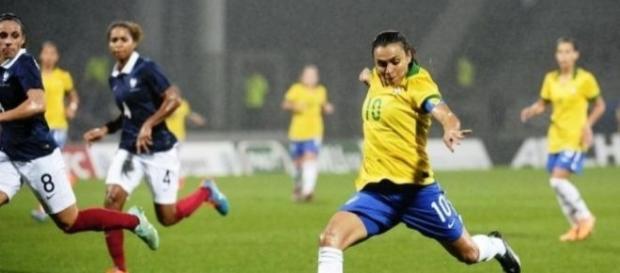 A camisa 10 do Brasil, Marta, é um dos principais nomes da equipe de Vadão, na briga pela medalha de ouro